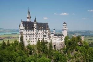 dreamstime_m_10669278-Neuschwanstein-bavaria