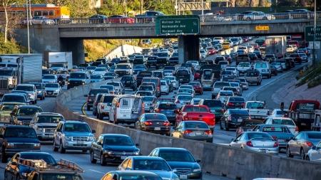 Gizlenmiş Sürüş Giderlerinin İfşa Edilmesi Trafiğin Azalmasına Yardımcı Olabilir