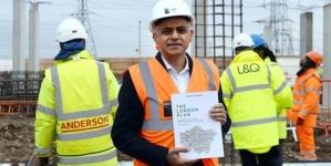 Sadıq Khan Planlama Yasalarını Gevşetmeyi Öneriyor