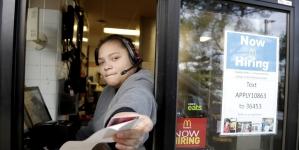 Yapay Zeka Meslekleri Ele Geçirdikçe, En Çok Kadın Çalışanlar Kaybedecek Gibi Görünüyor…